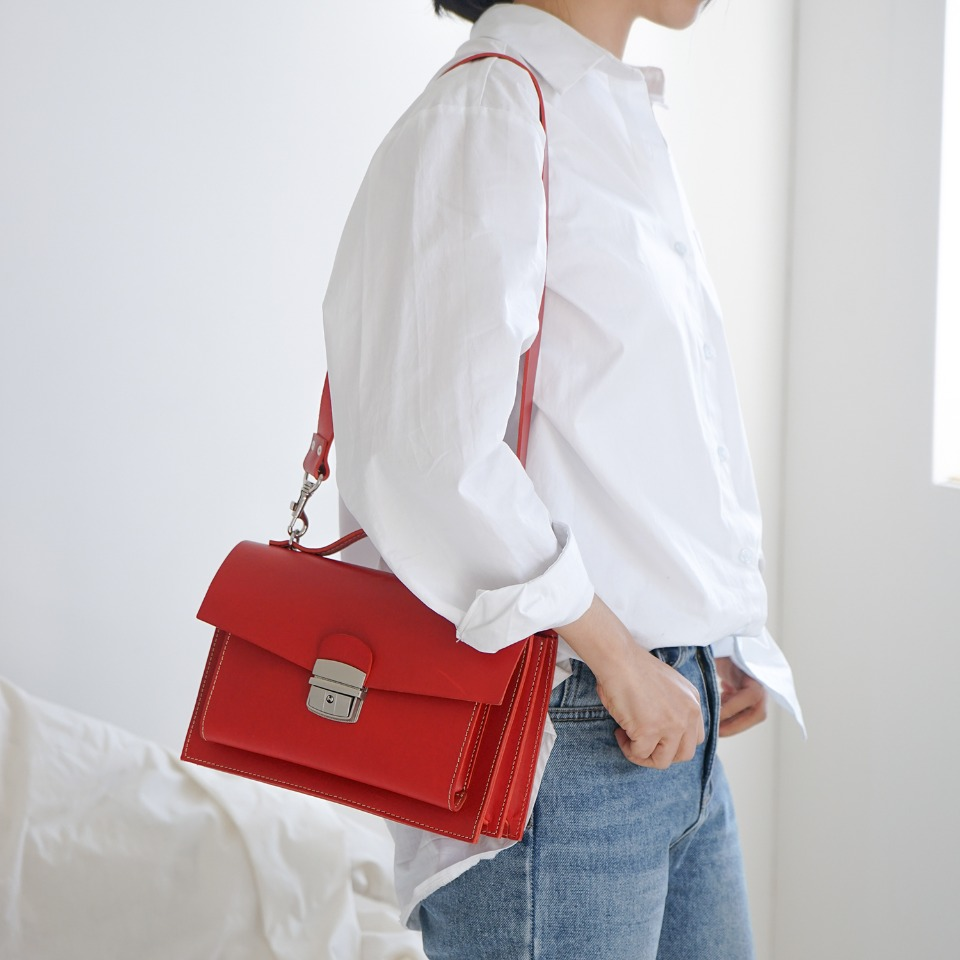 가죽공방 헤비츠 : Hevitz Classic square bag_medium