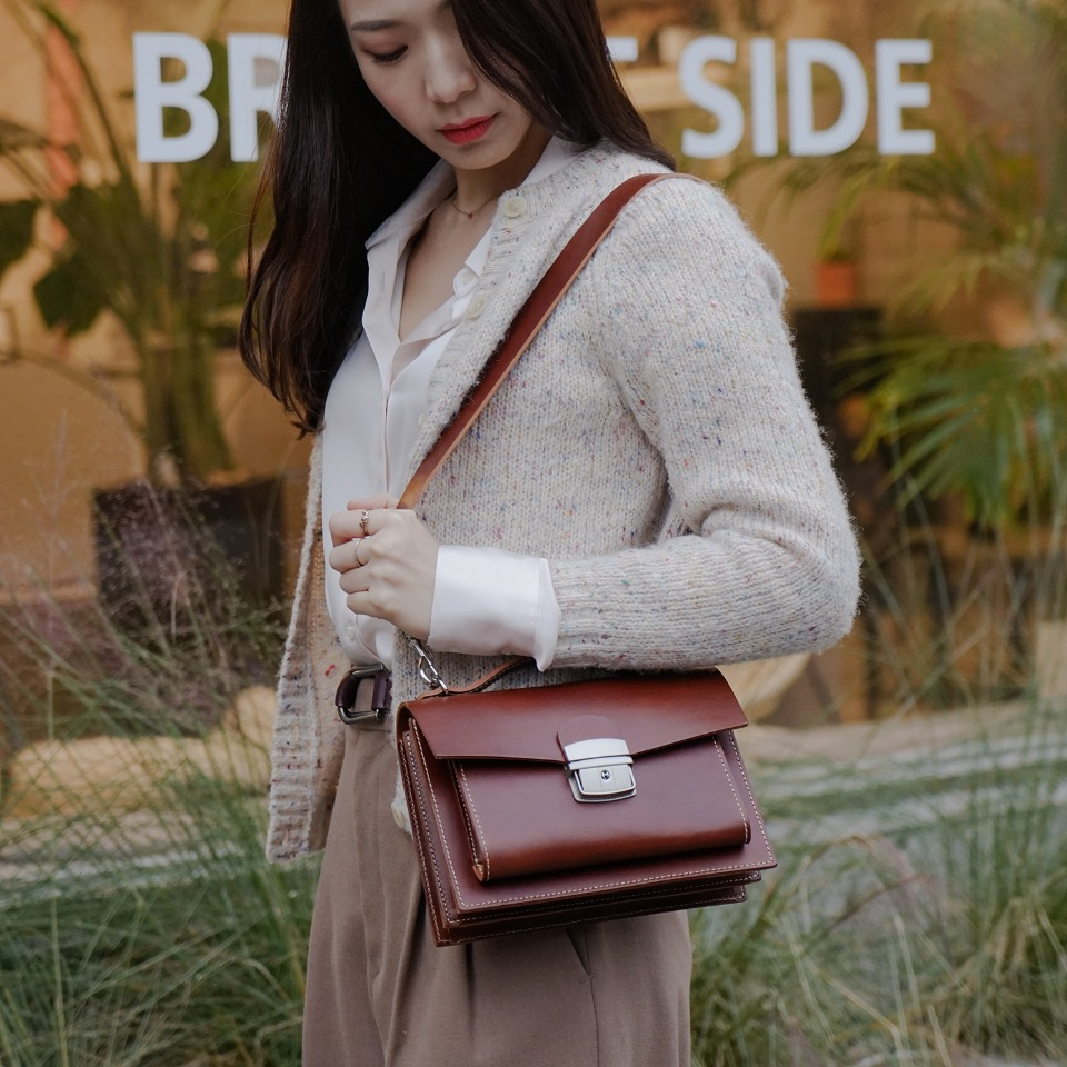 가죽공방 헤비츠 : Hevitz Classic square bag_mini